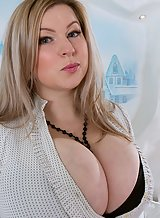 Chubby blonde with huge pancake areolas